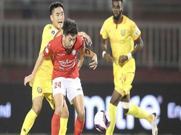 Bóng đá VN 27/3: Lee Nguyễn mừng cho Công Phượng