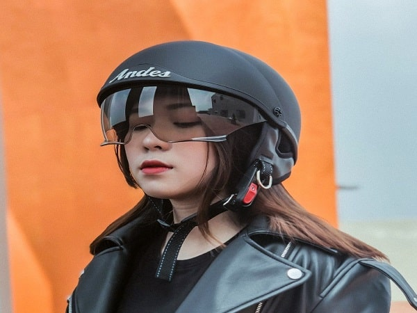 Mơ thấy mũ bảo hiểm mang điềm báo gì? đánh số mấy?