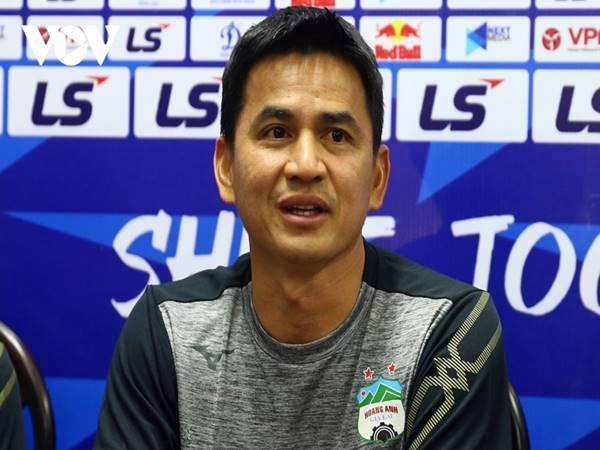 Bóng đá VN 16/4: HAGL thu hút sự quan tâm của NHM Thái Lan