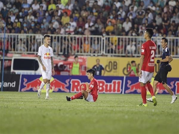 Bóng đá VN 2/4: Lee Nguyễn bỏ ngỏ khả năng ra sân