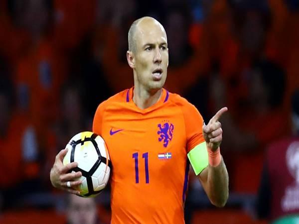 Bóng đá QT sáng 11/5: Robben sắp tái xuất tại ĐT Hà Lan